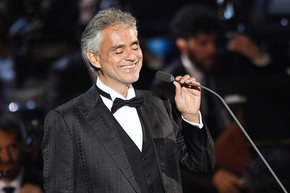 Andrea Bocelli performing at Bocelli and Zanetti Night in Rho, Italy. | Photo: Getty Images.