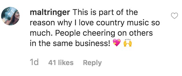 """Fan support Miranda Lambert choice for Carrie Underwood to win the CMA for """"Entertainer of the Year"""" 