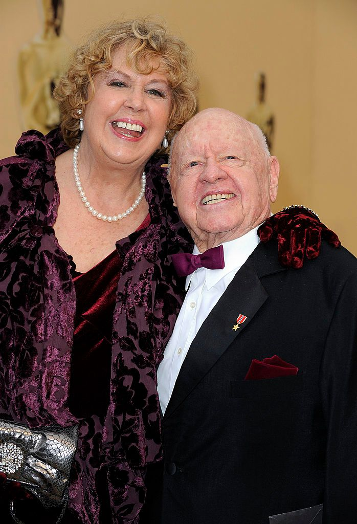 Jan and Mickey Rooney at the 81st Annual Academy Awards on February 22, 2009, in Los Angeles, California | Photo: Kevork Djansezian/Getty Images