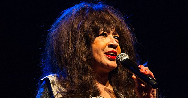 Ronnie Spector performs live on stage during WOW - Women of the World Festival at the Queen Elizabeth Hall, on March 9, 2014 | Photo: Getty Images