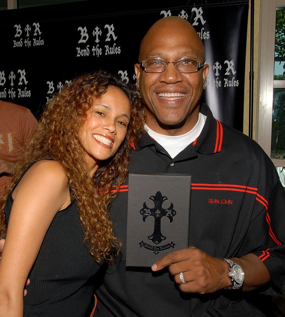 Felicia Forbes and Tommy 'Tiny' Lister during Melanie Segal's Platinum Luxury Gifting Suite in Celebration of the 58th Annual Emmys and the 2006 MTV VMAs on August 24, 2006 | Photo: Getty Images
