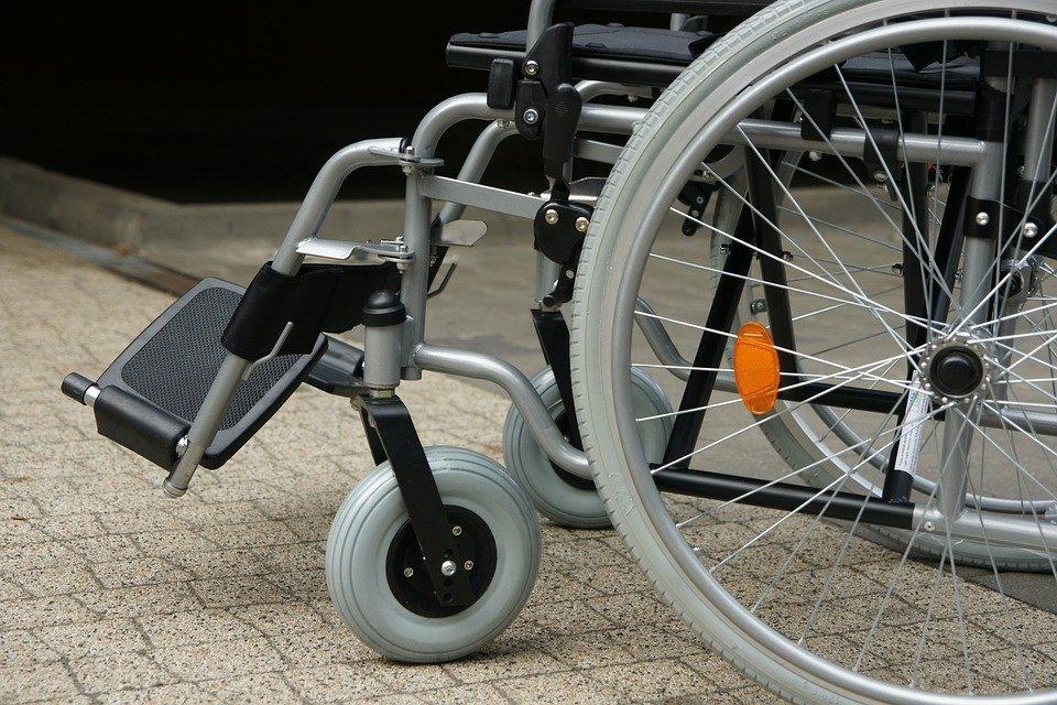 Silla de ruedas.   Foto: Pixabay