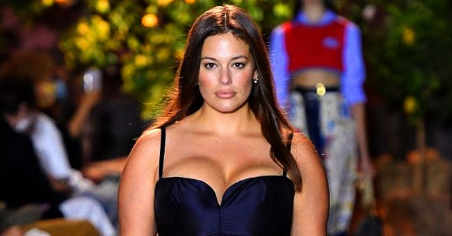 Ashley Graham walks the runway during the Milan Women's Fashion Week on September 24, 2020 in Milan, Italy.   Photo: Getty Images