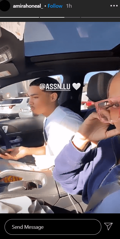 Shaquille O'Neal's daughter Amirah enjoying the company of her boyfriend while together in a car   Photo: Instagram/amirahoneal_