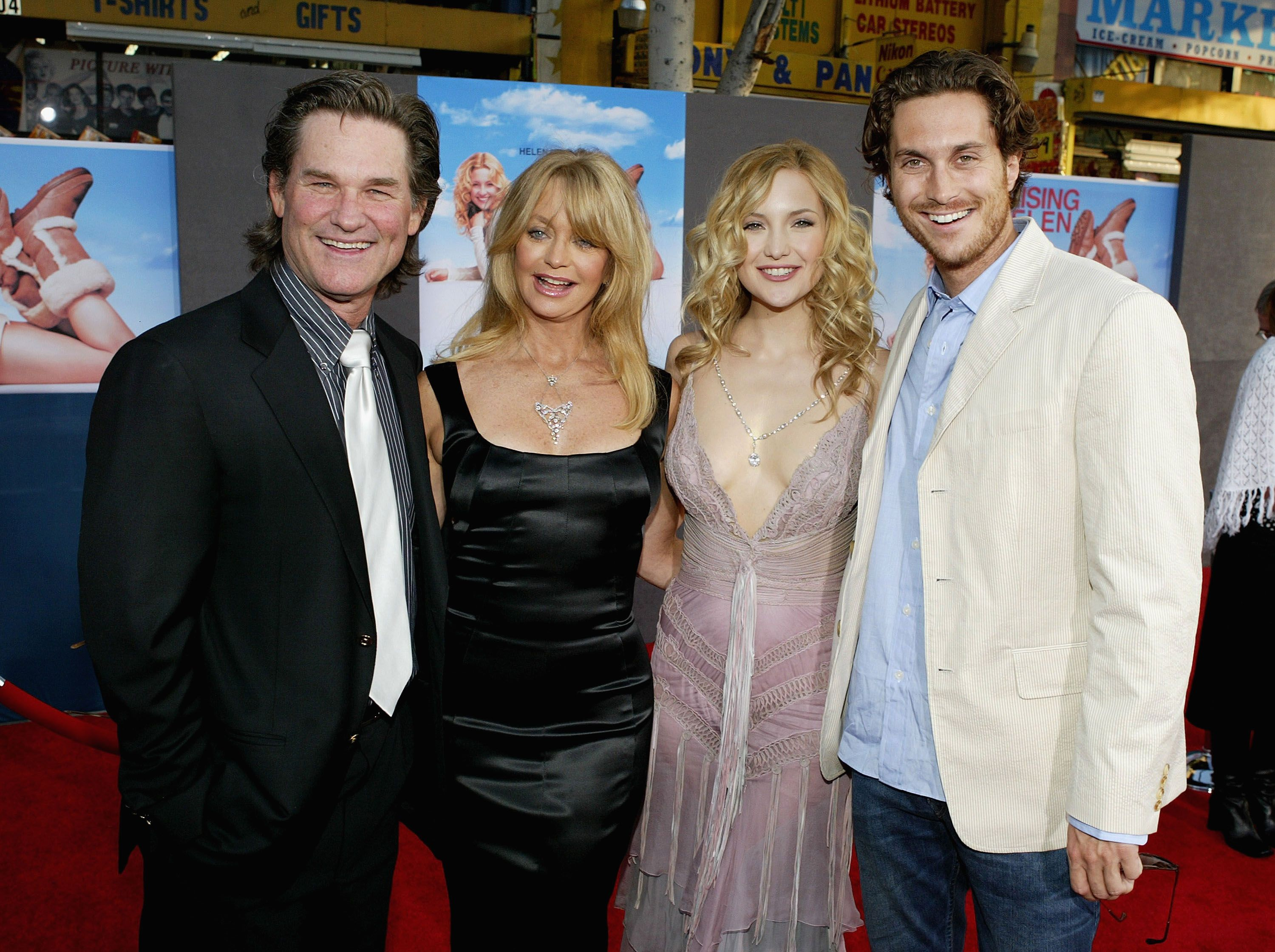 "Kurt Russell, Goldie Hawn, and her children, Kate Hudson and Oliver Hudson, at the premiere of ""Raising Helen"" in 2004 