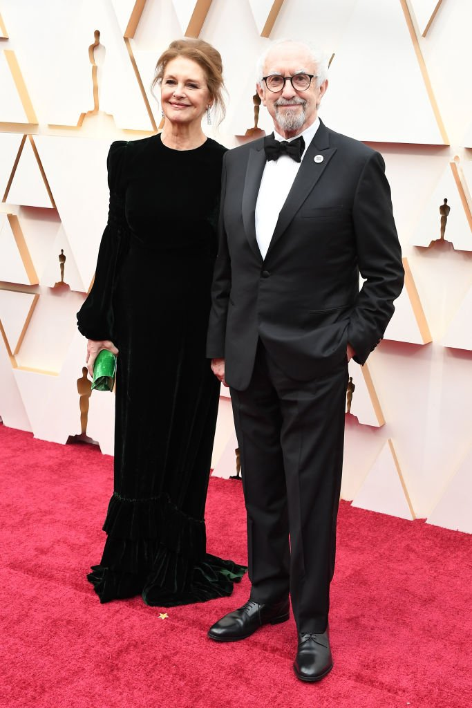 Jonathan Pryce and wife Kate Fahy at the Oscars ceremony on February 09, 2020 in Hollywood, California   Photo: Getty Images
