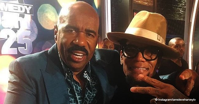 Steve Harvey's Recent Gesture Has Fans Hoping He & D.L. Hughley Are Friends Again