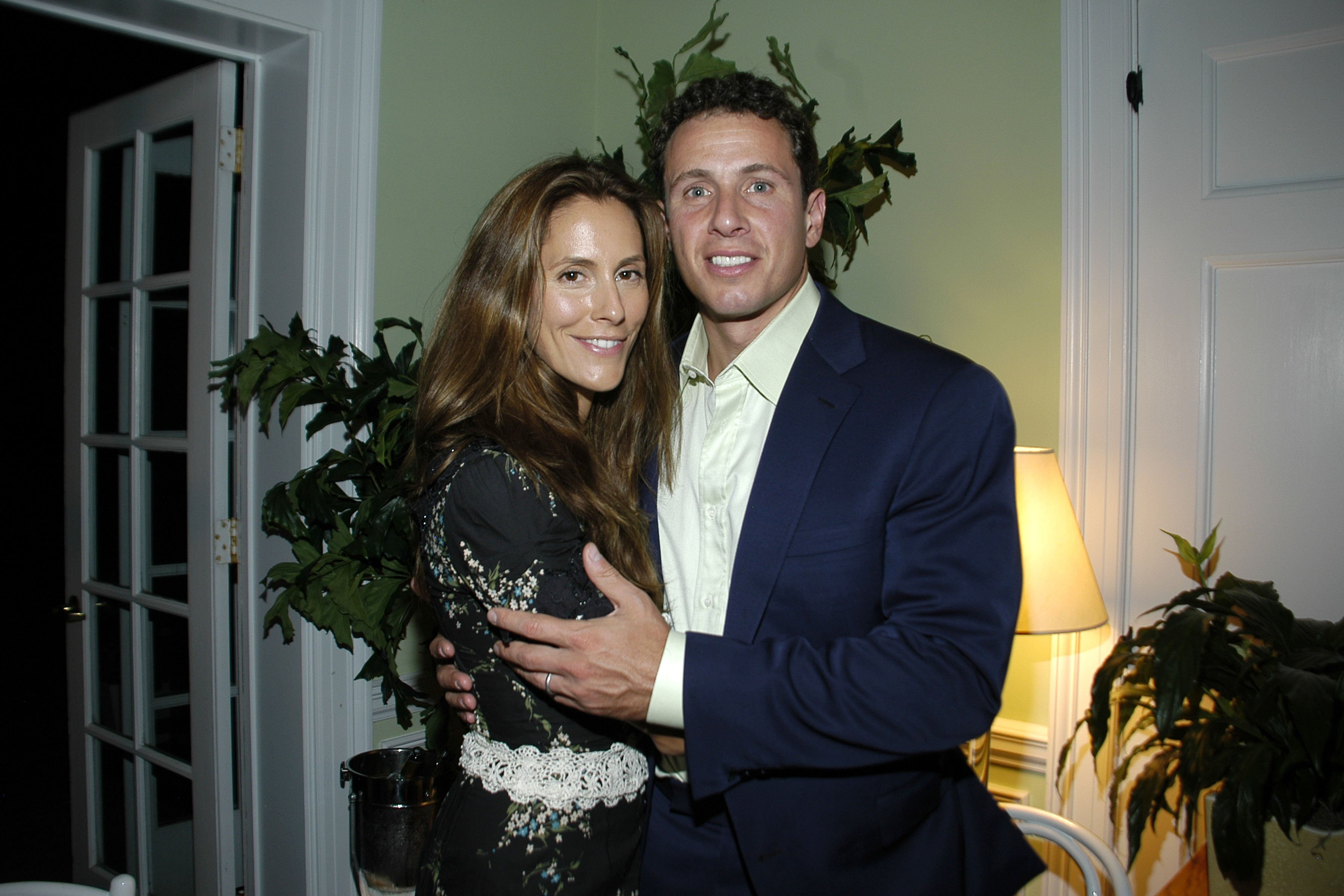 Cristina Greeven Cuomo and Chris Cuomo attend NATURA BISSE Dinner on August 17, 2007, in Southampton, NY. | Source: Getty Images.