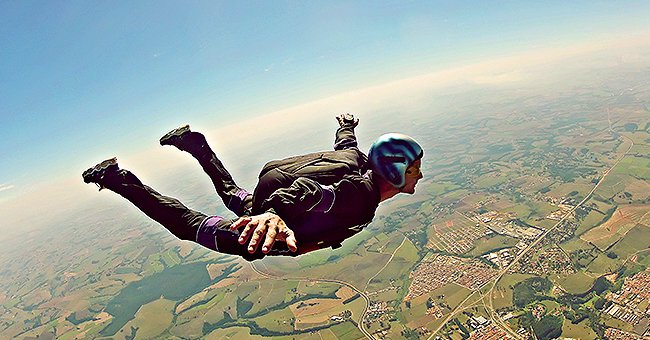 Daily Joke: Man Who's Learning Skydiving Gets in Trouble