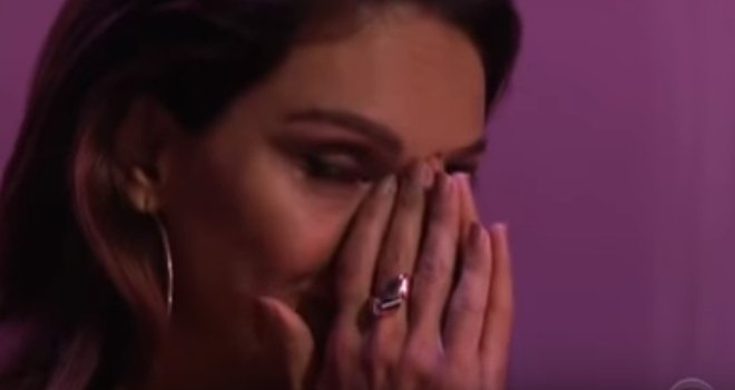 """Faith Hill cries while Manami Ito of Japan plays on CBS's """"The World's Best"""" 2019 