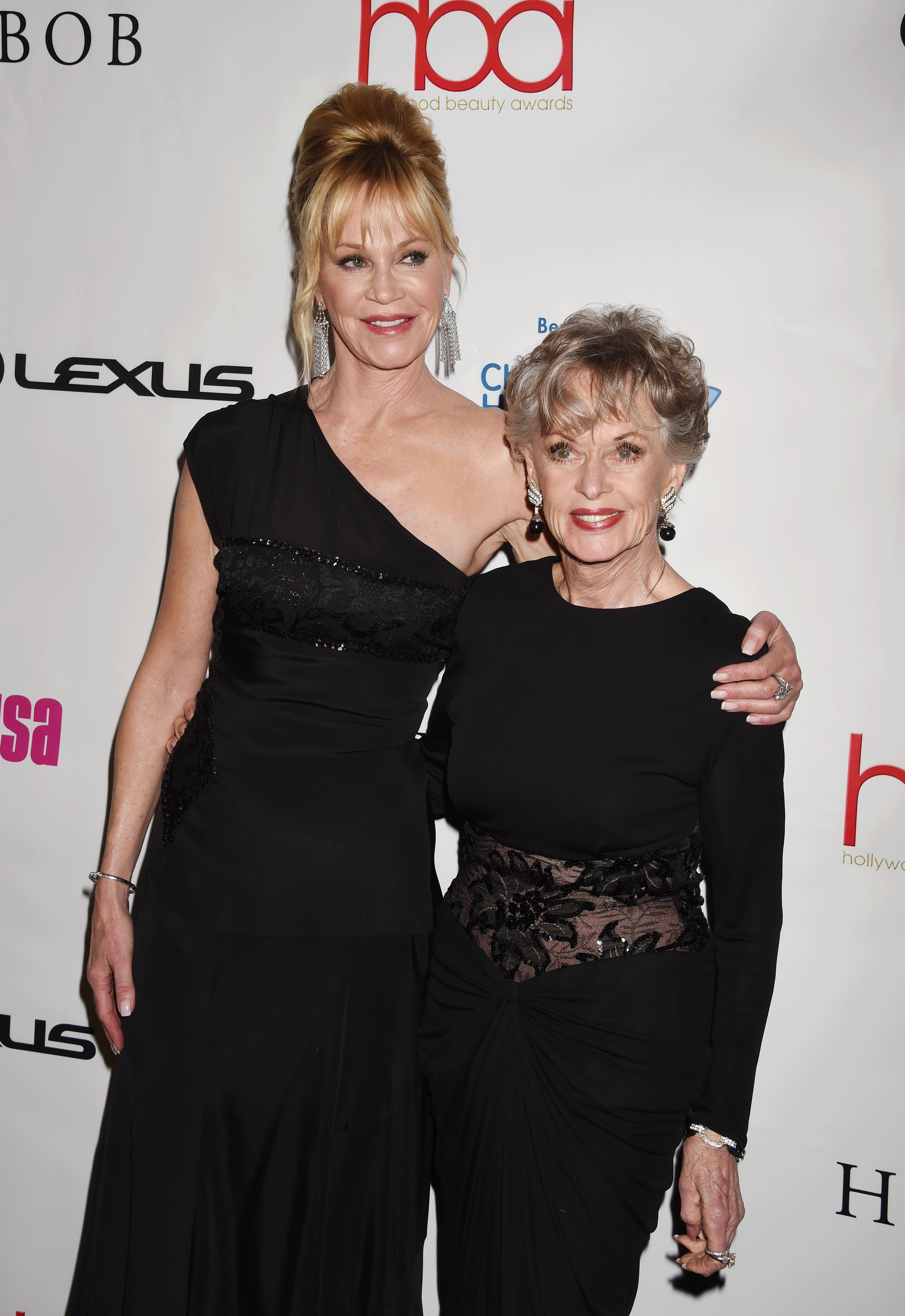 Actress Melanie Griffith and mother actress Tippi Hedren attend the 2nd Annual Hollywood Beauty Awards benefiting Children's Hospital Los Angeles at Avalon Hollywood on February 21, 2016 |Photo: Getty Images