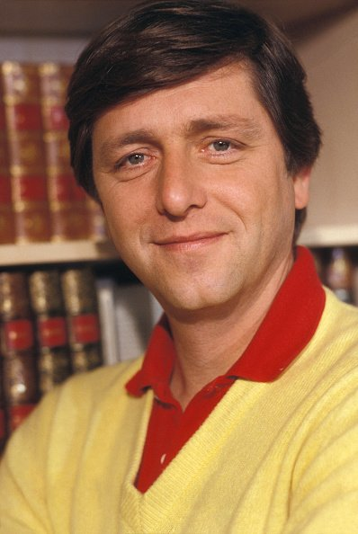 Bernard Golay dans des salons de TF1 à Paris le 15 janvier 1983, France. | Photo : Getty Images.