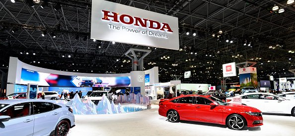 Honda display seen at the New York International Auto Show on April 17, 2019. | Photo: Getty Images