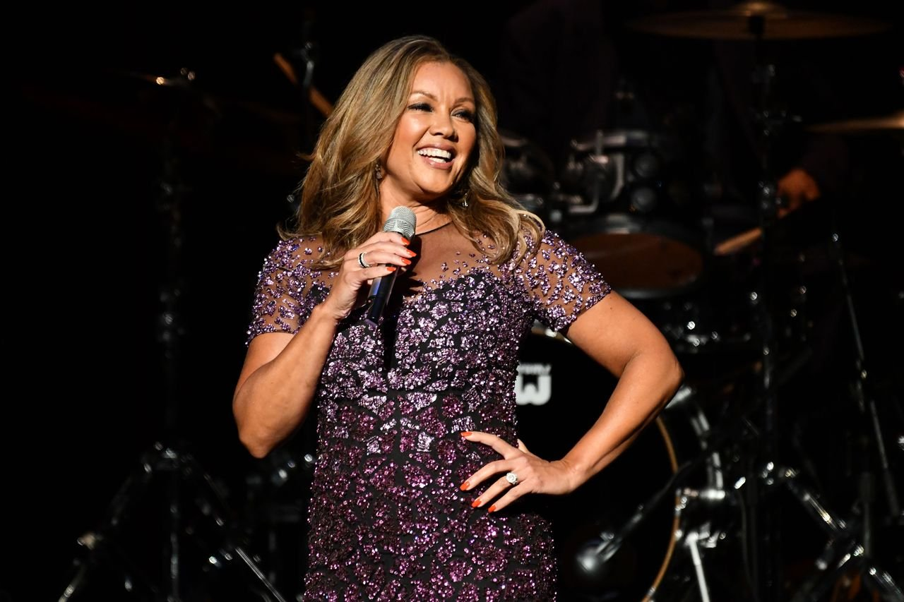 Vanessa Williams performs at Thousand Oaks Civic Arts Plaza on October 11, 2019 in Thousand Oaks, California. | Source: Getty Images