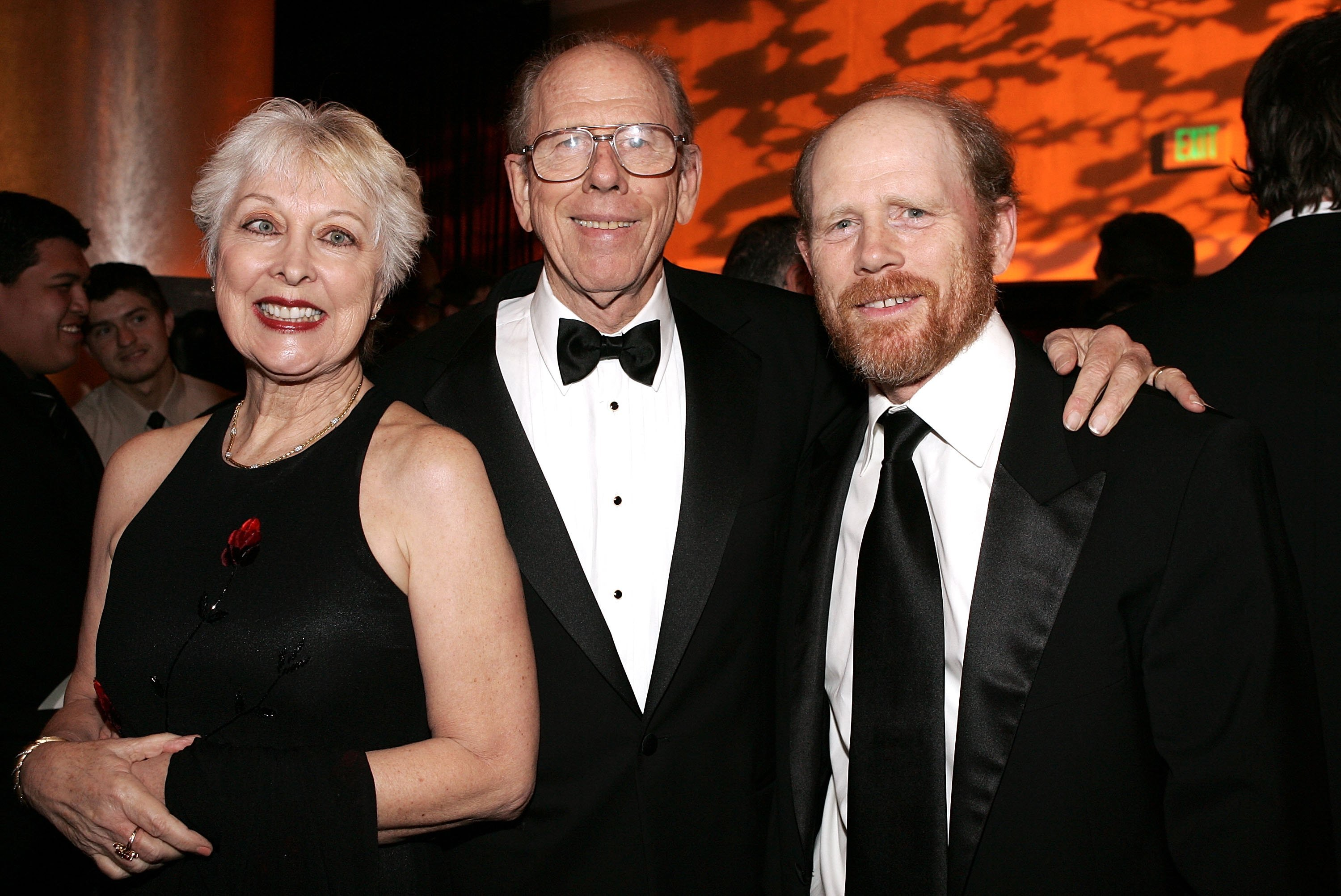 Ron Howard and parents Rance Howard and Judy O Sullivan attend the 56th Annual ACE Eddie Awards at the Beverly Hilton Hotel on February 19, 2006 | Photo: GettyImages