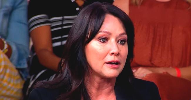 """Shannen Doherty parle de Luke Perry alors qu'il fait la promotion de """" Beverly Hills 90210"""""""