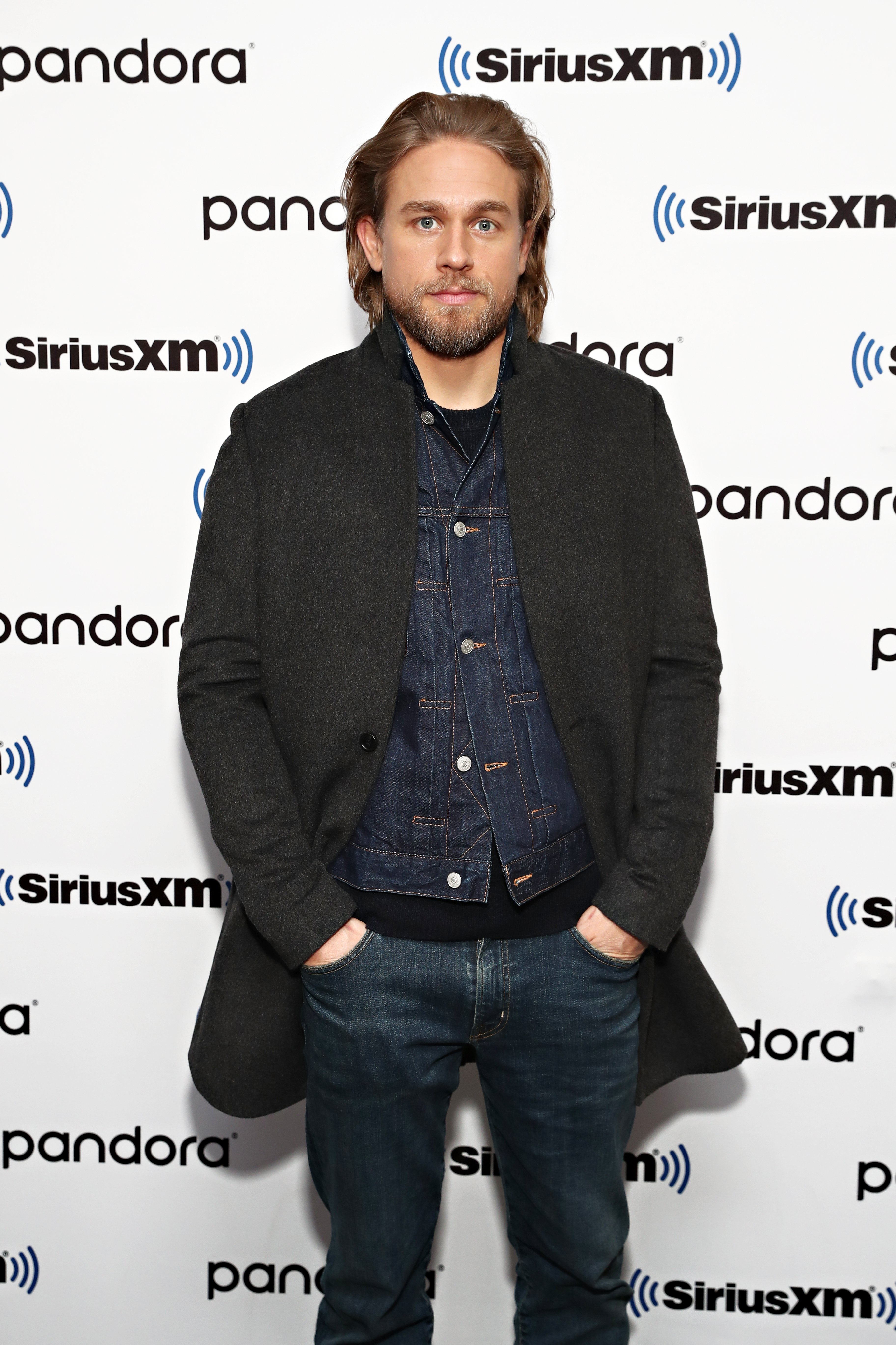 Charlie Hunnam at SiriusXM Studios on January 13, 2020 | Photo: Getty Images