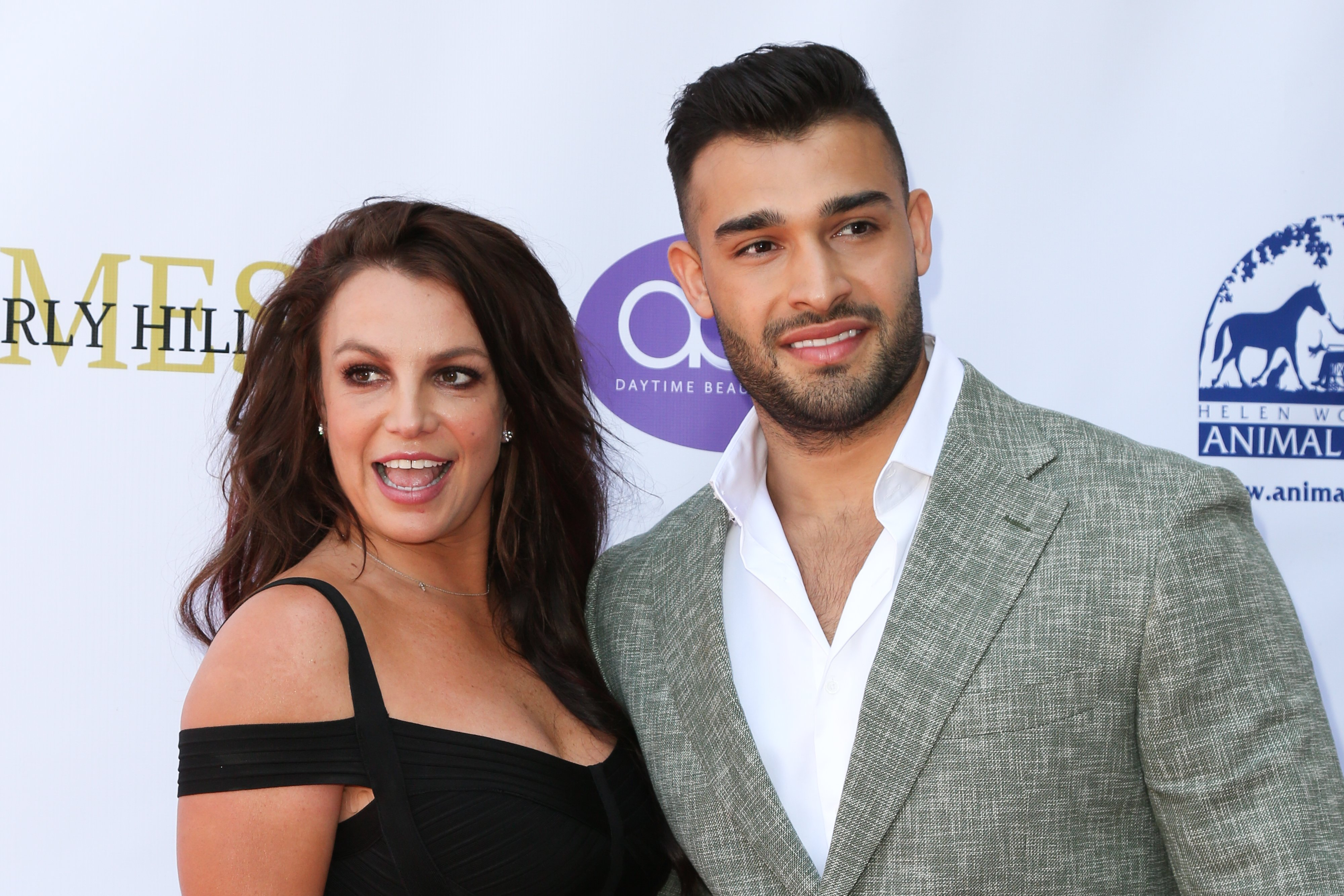 Britney Spears and Sam Ashgari at the 'Daytime Beauty Awards' in L.A., September, 2019. | Photo: Getty Images.
