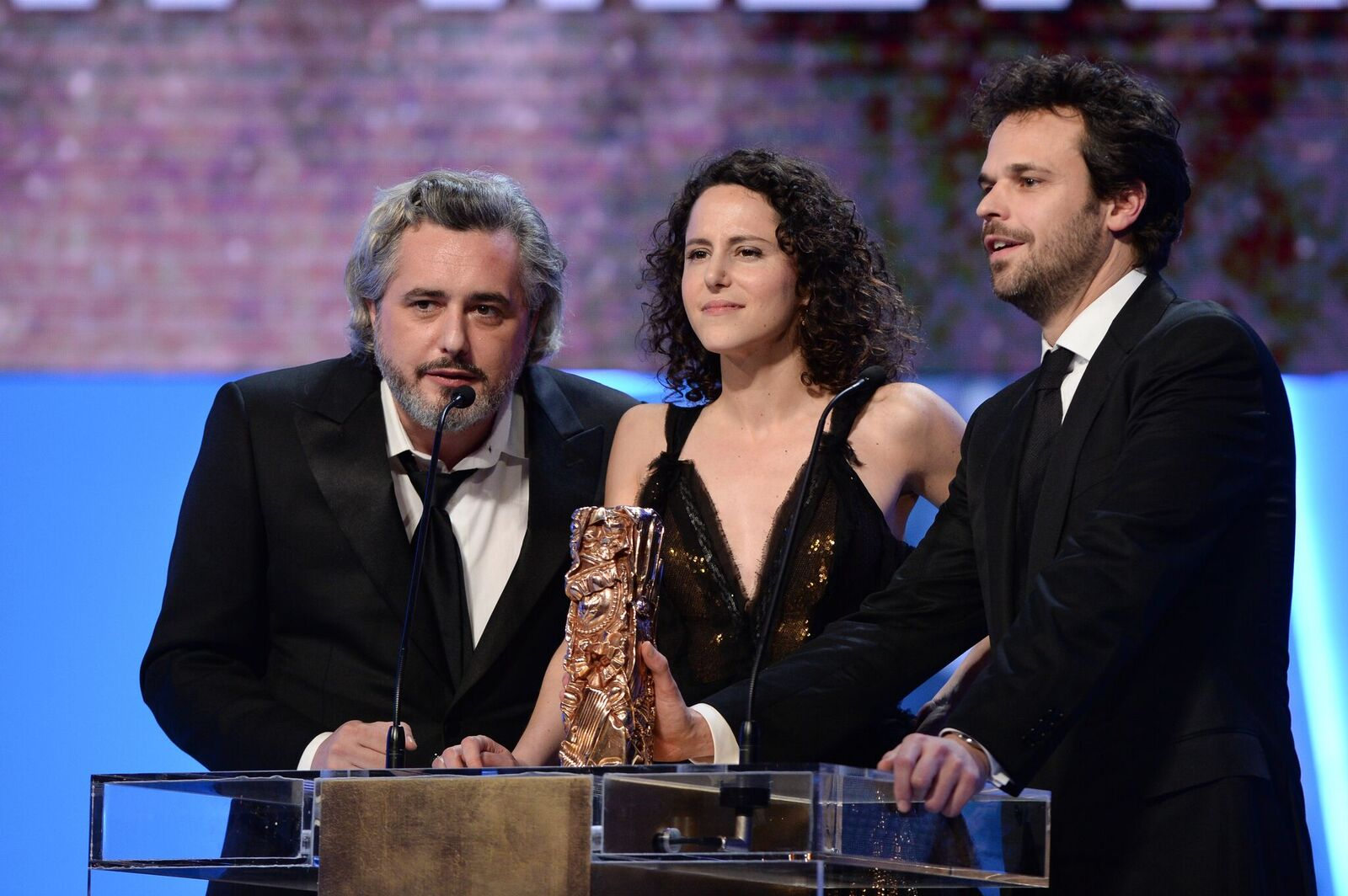 Nicolas Rey, Emma Luchini et Romain Rousseau au Théâtre du Chatelet le 20 février 2015 à Paris, France. | Photo : Getty Images