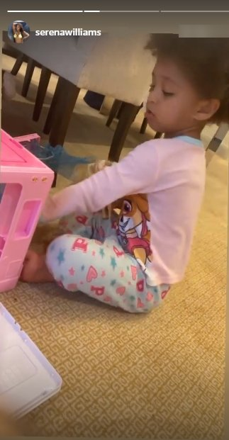 A picture of Olympia Ohanian Jr. playing with her toys on Instagram | Photo: Instagram/serenawilliams
