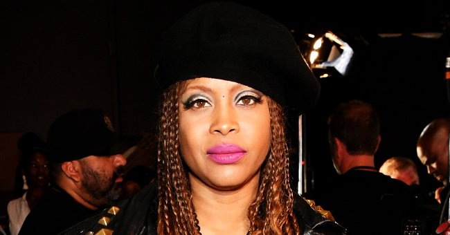 Fans Send Support to Erykah Badu as She Says Her Last Goodbye to Her Grandma at Graveyard