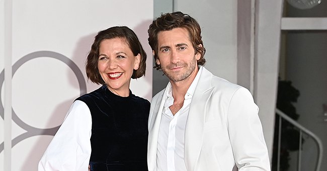 Maggie Gyllenhaal and Jake Gyllenhaal on September 03, 2021 in Venice, Italy | Photo: Getty Images