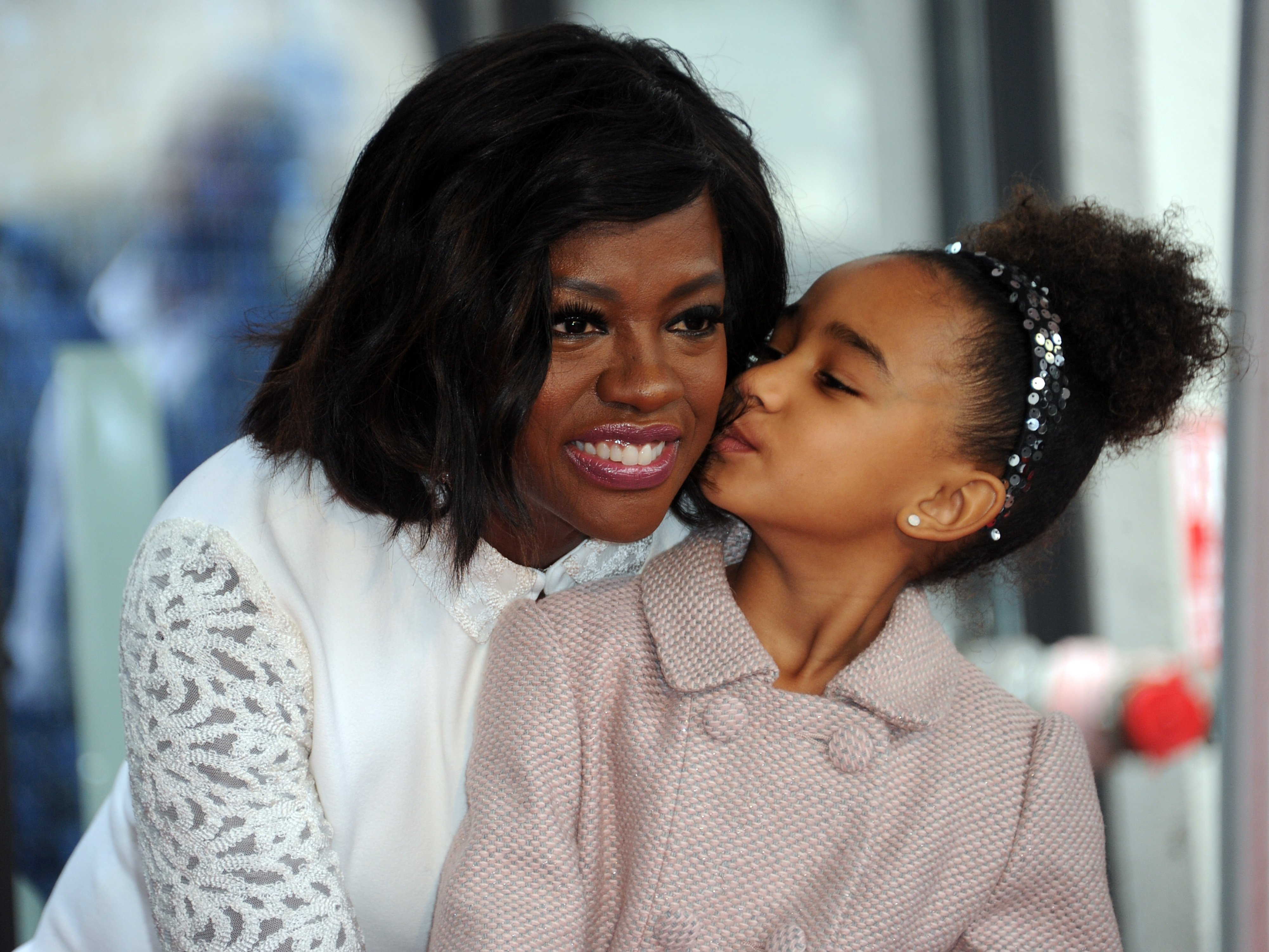 Actress Viola Davis and her daughter Genesis Tennon at her Star ceremony on the Hollywood Walk of Fame on January 5, 2017| Photo: Getty Images
