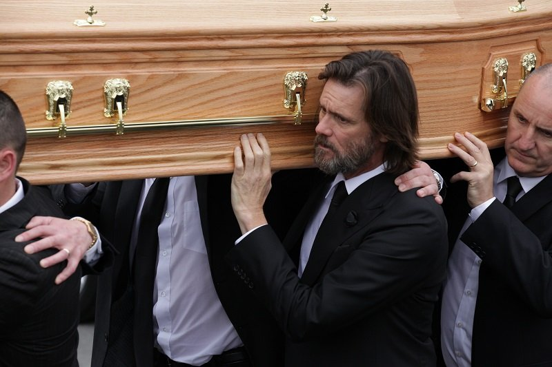 Jim Carrey at Cathriona White's funeral on October 10, 2015 in Cappawhite, Tipperary, Ireland   Photo: Getty Images