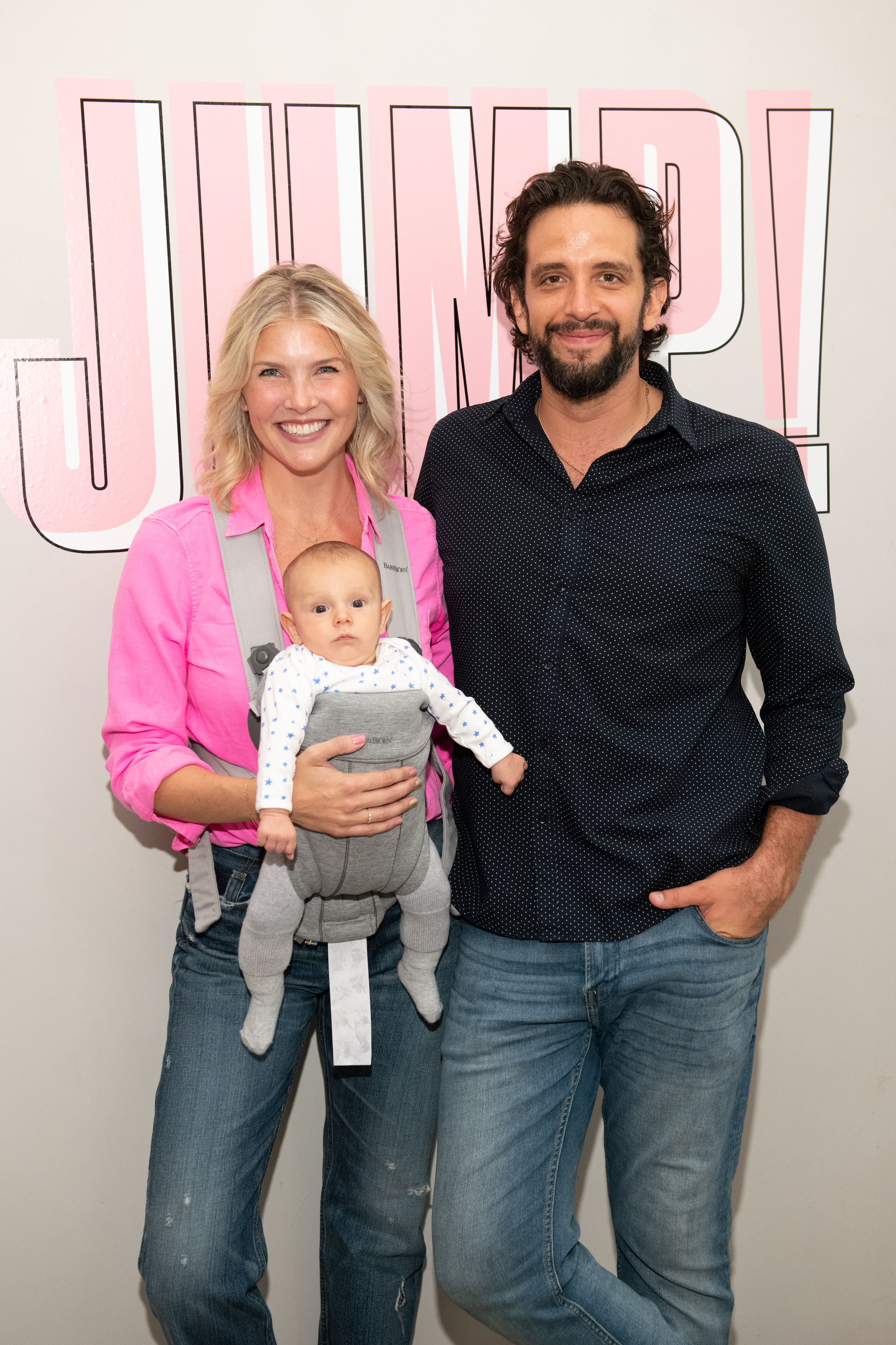 Amanda Kloots, Nick Cordero, and their son at the Beyond Yoga x Amanda Kloots Collaboration Launch Event on August 27, 2019, in New York City | Photo: Noam Galai/Getty Images