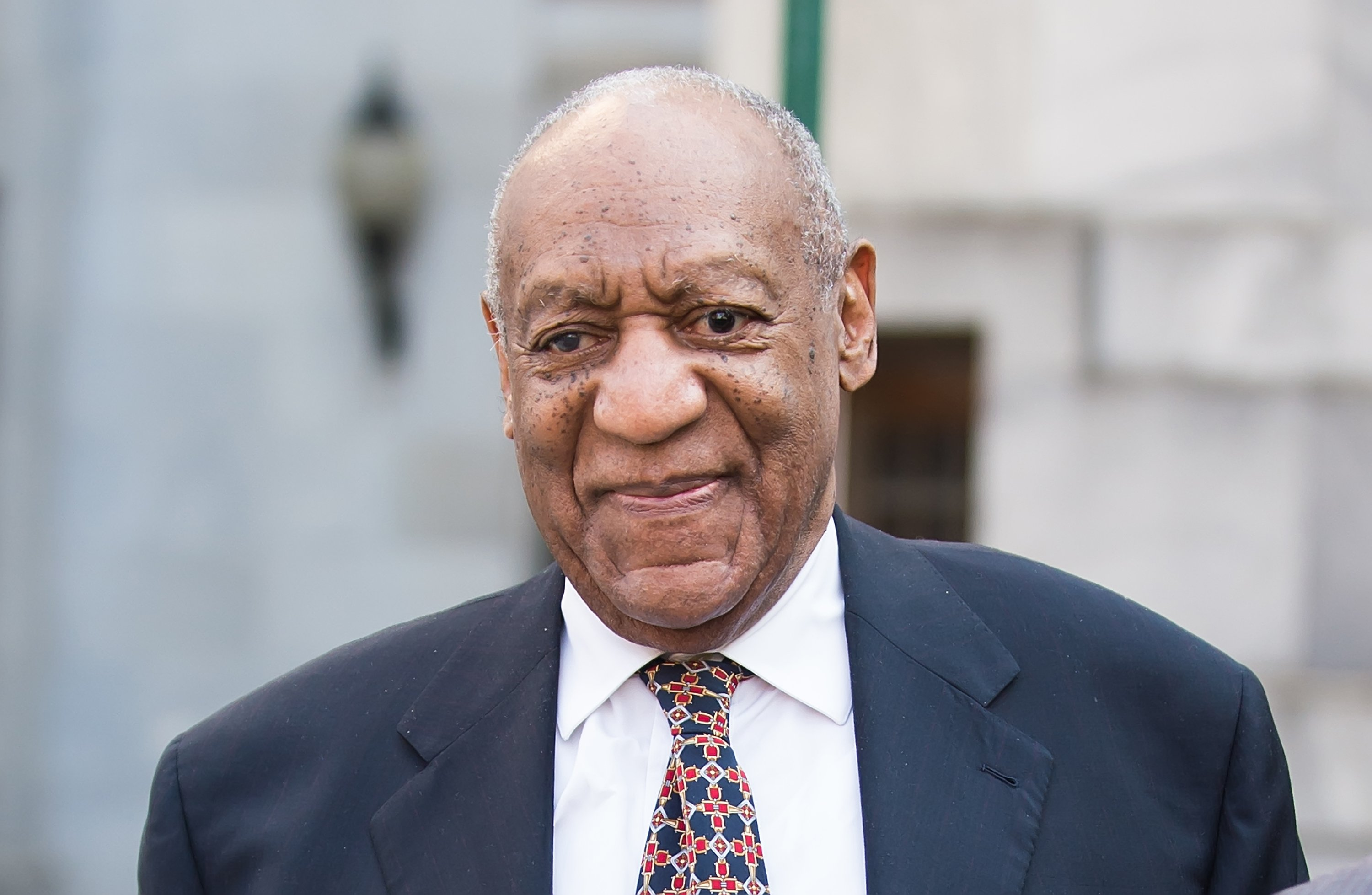 Bill Cosby at the Montgomery County Courthouse for the fifth day of his retrial for sexual assault charges on April 13, 2018. | Photo: Getty Images