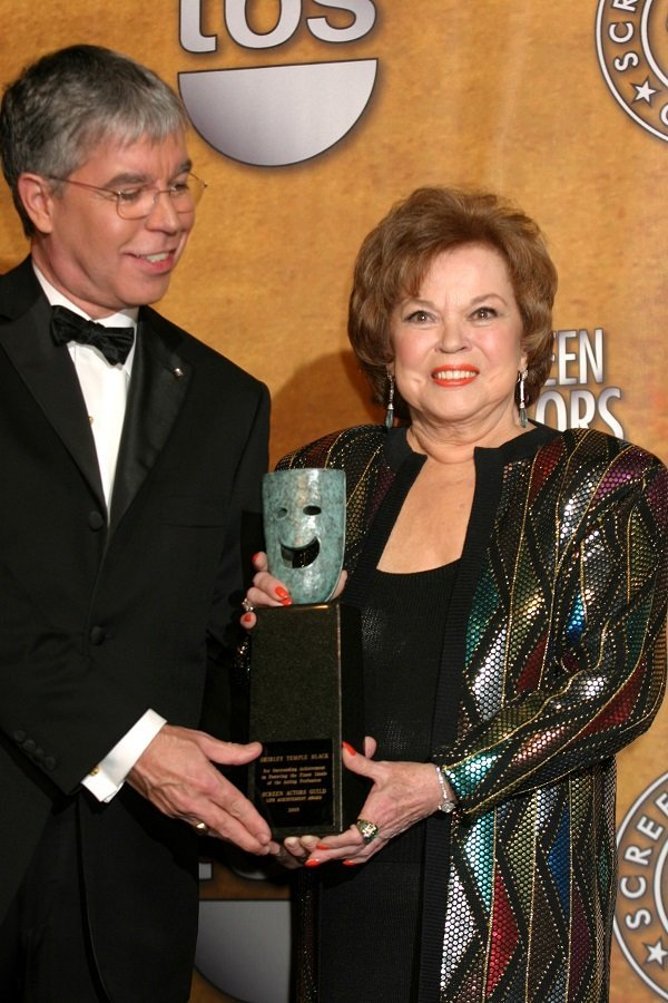 Shirley and her son at the 12th Annual Screen Actors Guild Awards on January 29, 2006 in Los Angeles, California | Source: Getty Images