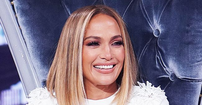 Jennifer Lopez Sings and Dances with A-Rod and Daughters in Their Backyard & Fans Get Excited