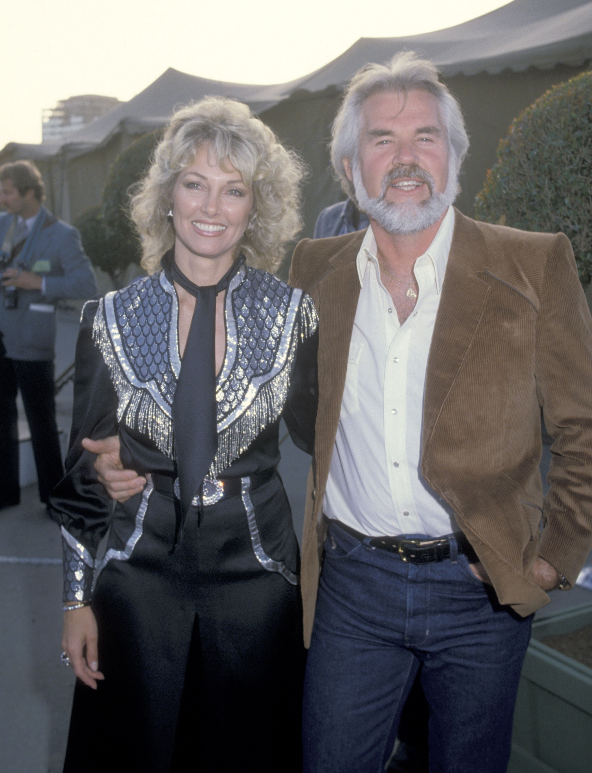 Kenny Rogers and wife Marianne Gordon at the 30th Annual SHARE Boomtown Party in 1983 | Source: Getty Images