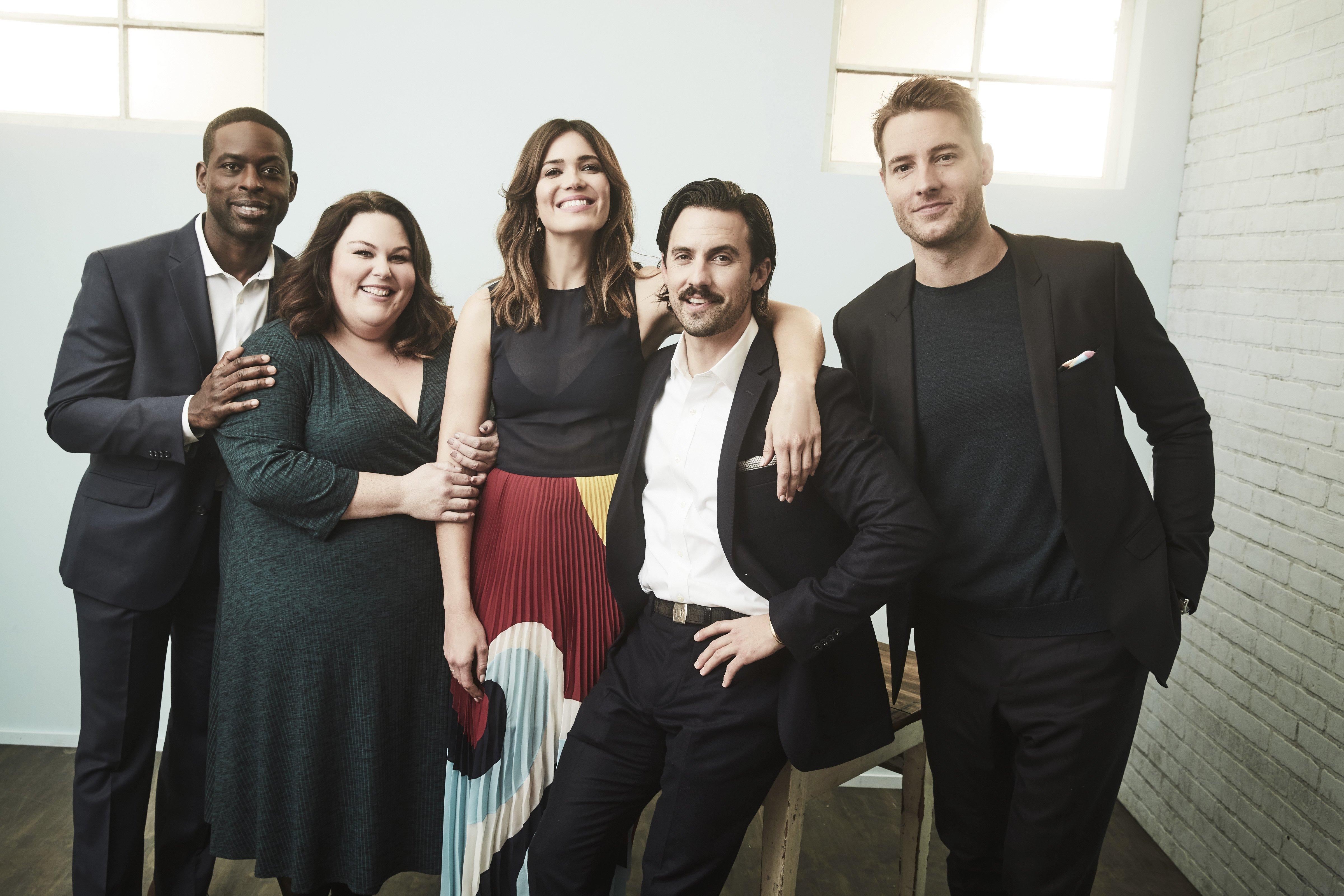 """The cast of the """"This Is Us"""" series pose during NBC Universal Press Tour in Pasadena, California on January 18, 2017 