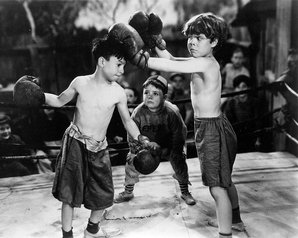 """Carl Switzer as Alfalfa, George McFarland as Spanky and Tommy Bond as Butch in """"Glove Taps,"""" an episode of """"Our Gang"""" comedy later known as """"The Little Rascals"""" which aired on February 20, 1937 