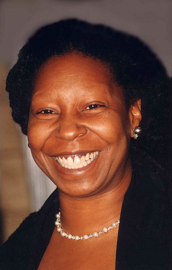 Whoopi Goldberg at the  Fords Theater Wash D.C. Feb 8, 1998 | Photo: Wikimedia Commons Images