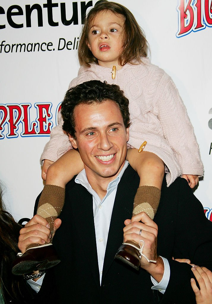 Attorney Chris Cuomo and daughter Bella attend the Big Apple Circus opening night gala benefit at Damrosch Park, Lincoln Center on November 04, 2005 | Photo: Getty Images