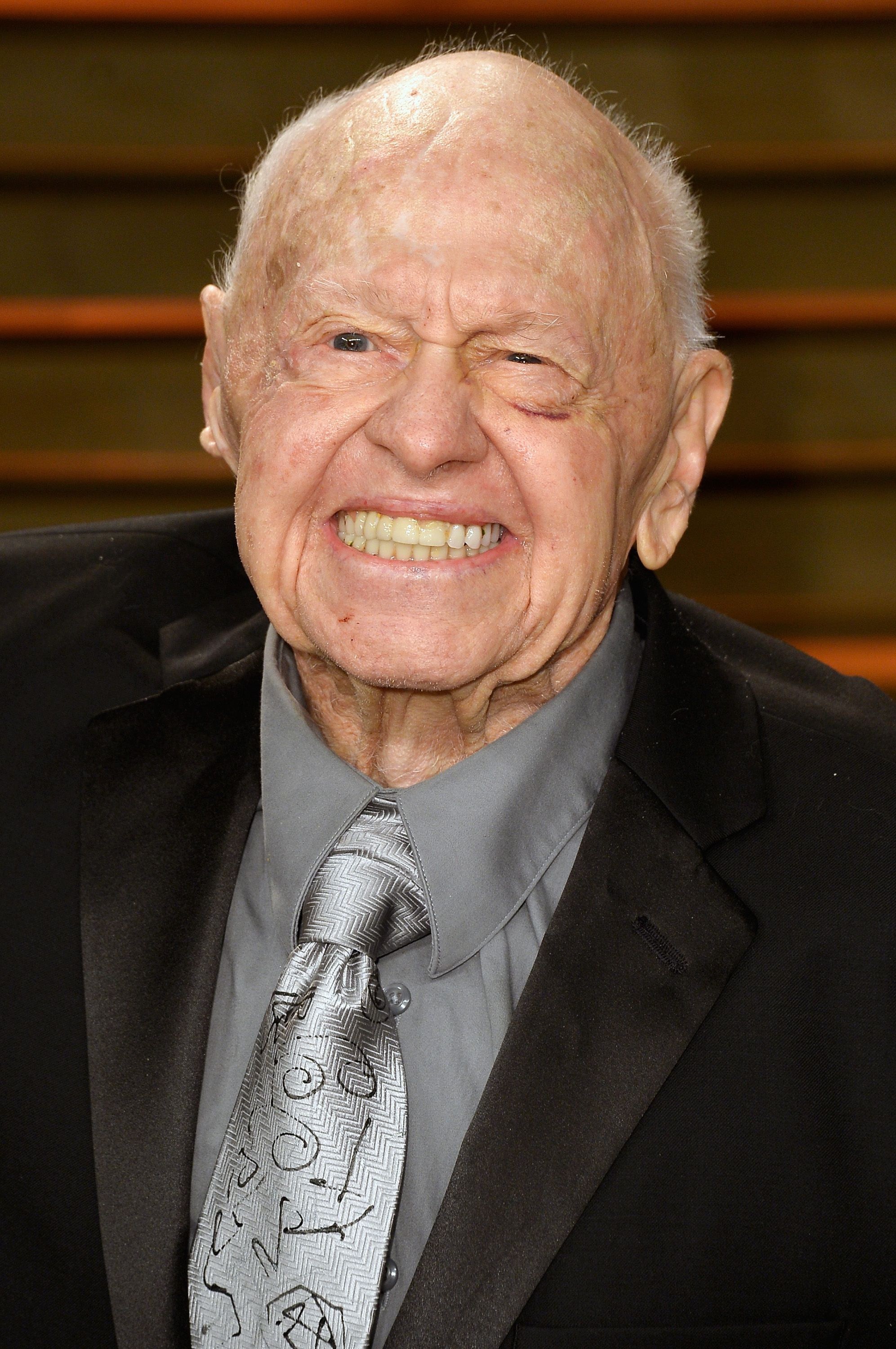 Mickey Rooney at the Vanity Fair Oscar Party hosted by Graydon Carter on March 2, 2014, in West Hollywood, California | Photo: Getty Images