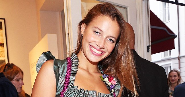 Brad Pitt's Rumored GF Nicole Poturalski Poses in a Crop Top with Her Belly Button Missing