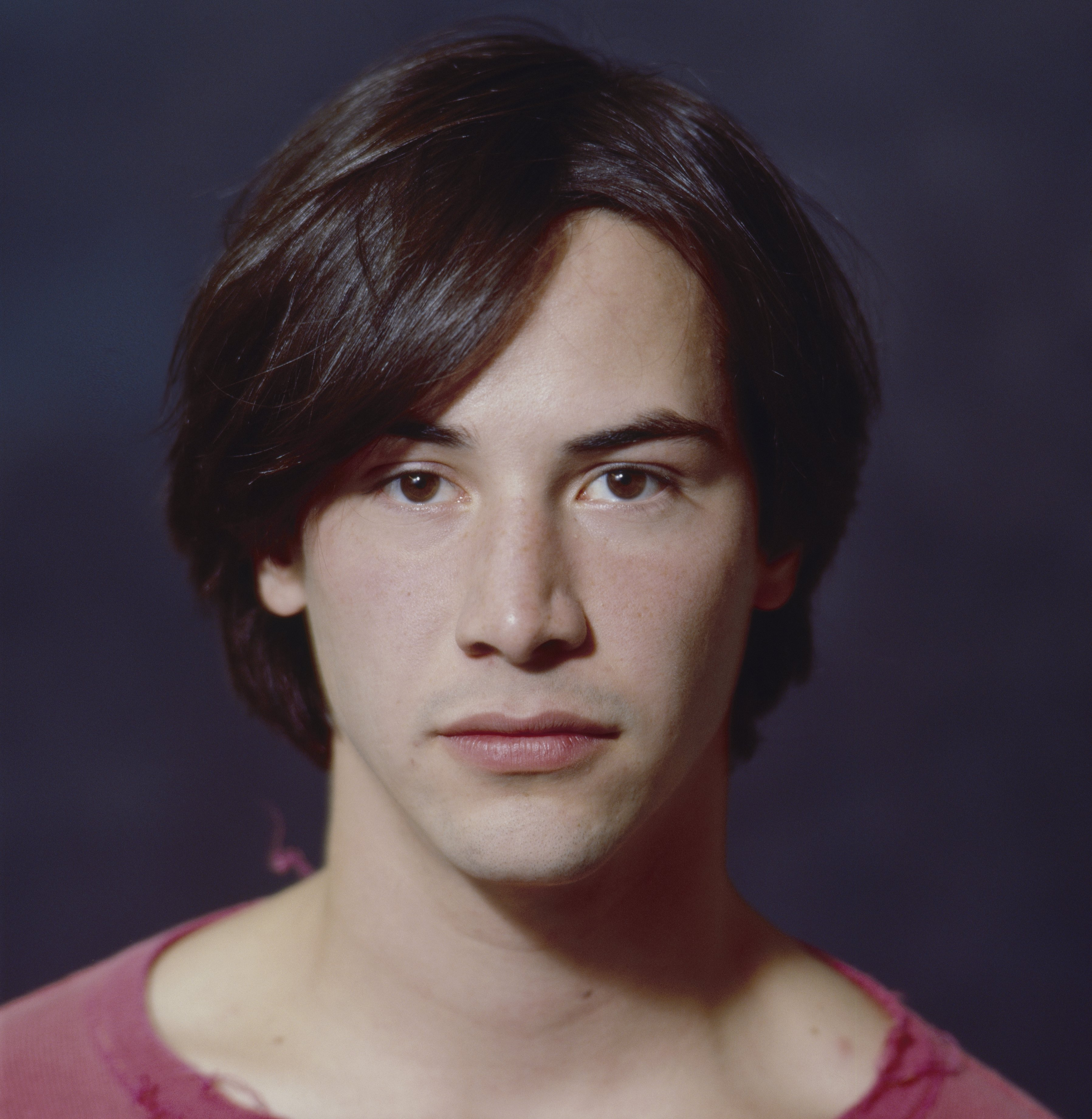A portrait picture of Keanu Reeves taken in 1986. | Source: Getty Images.