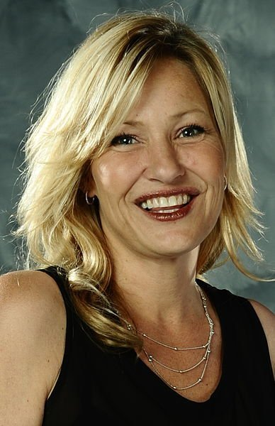 Joey Lauren Adams at the Florida SuperCon. | Source: Wikimedia Commons