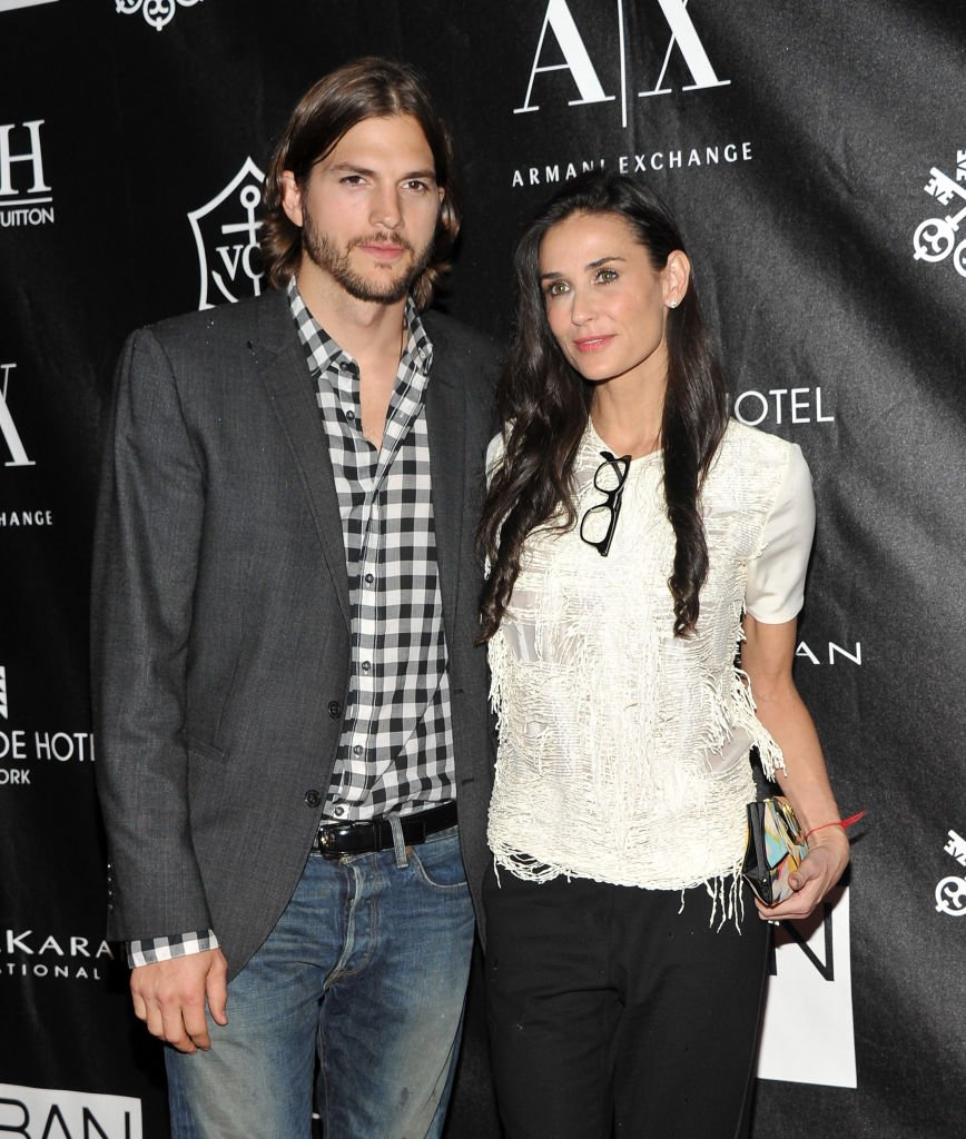 Ashton Kutcher and Demi Moore attend The Urban Zen Stephan Weiss Apple Awards at Urban Zen. | Photo: Getty Images