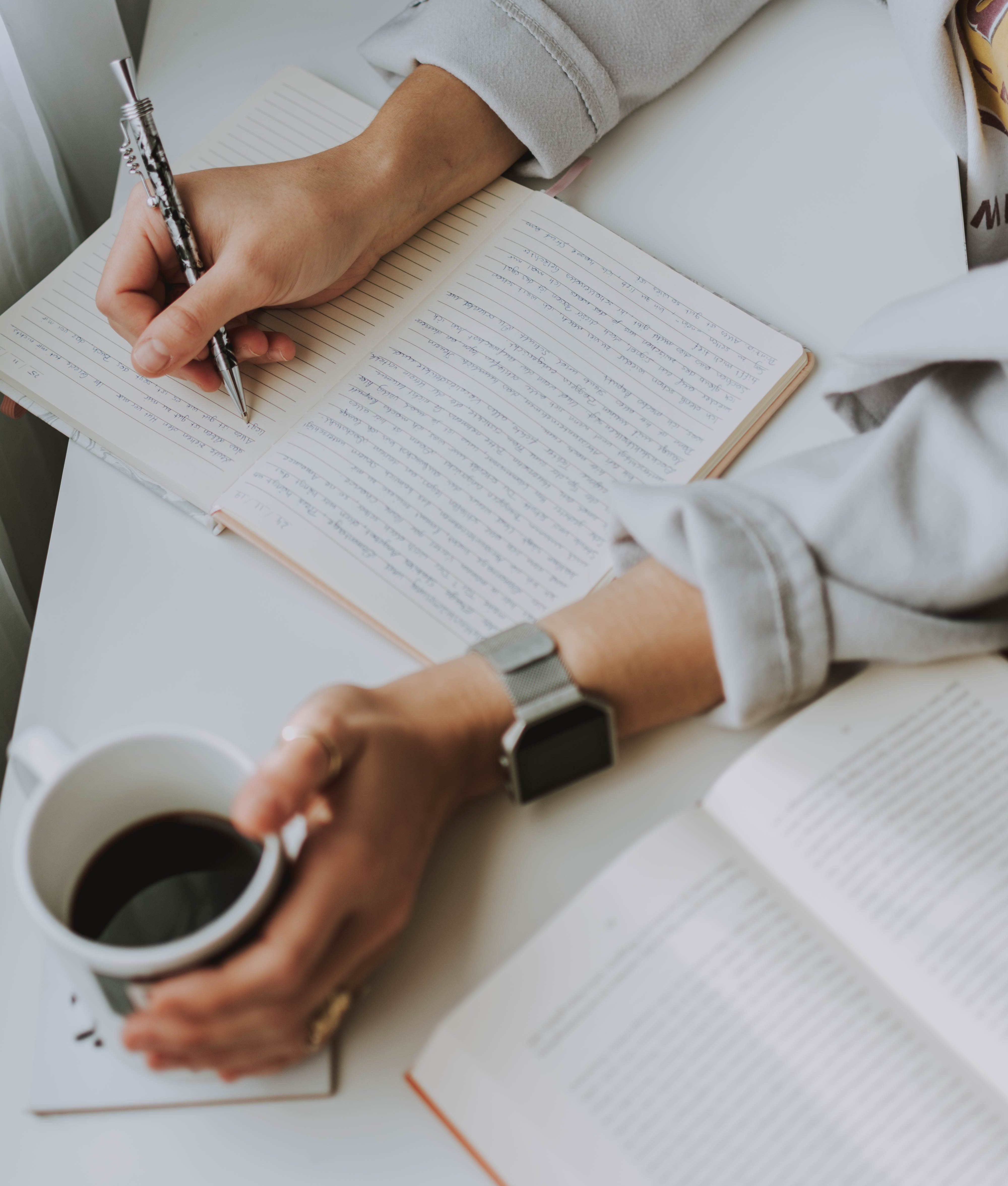 Maybe writing this down will make me feel better | Source: Pexels