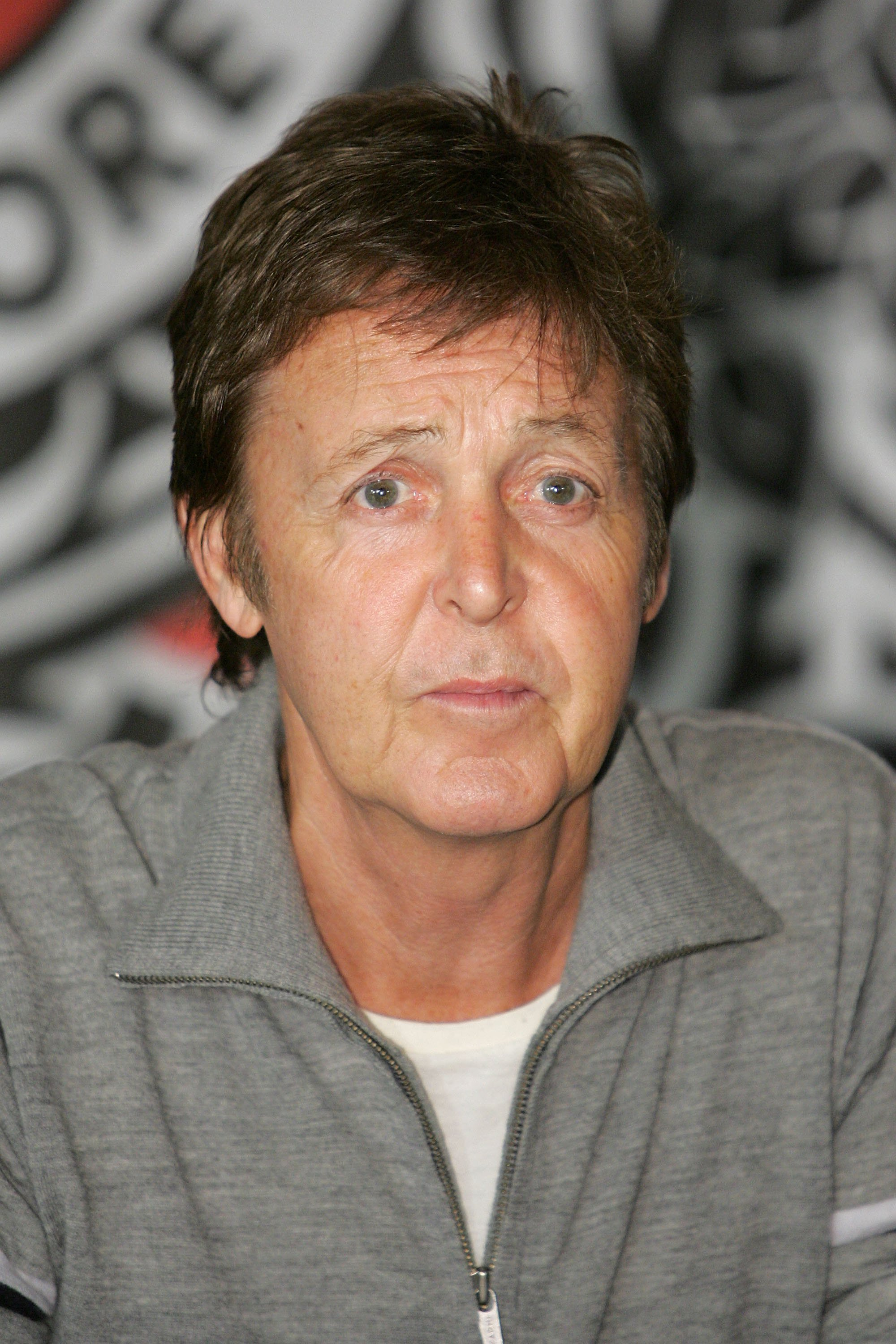 Paul McCartney attends a in store autograph signing at Virgin Megastore Times Square on November 13, 2006. | Photo: Getty Images
