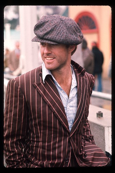 "Robert Redford posa para una foto en el set de ""The Sting"" el febrero de 1973 | Fuente: Getty Images."