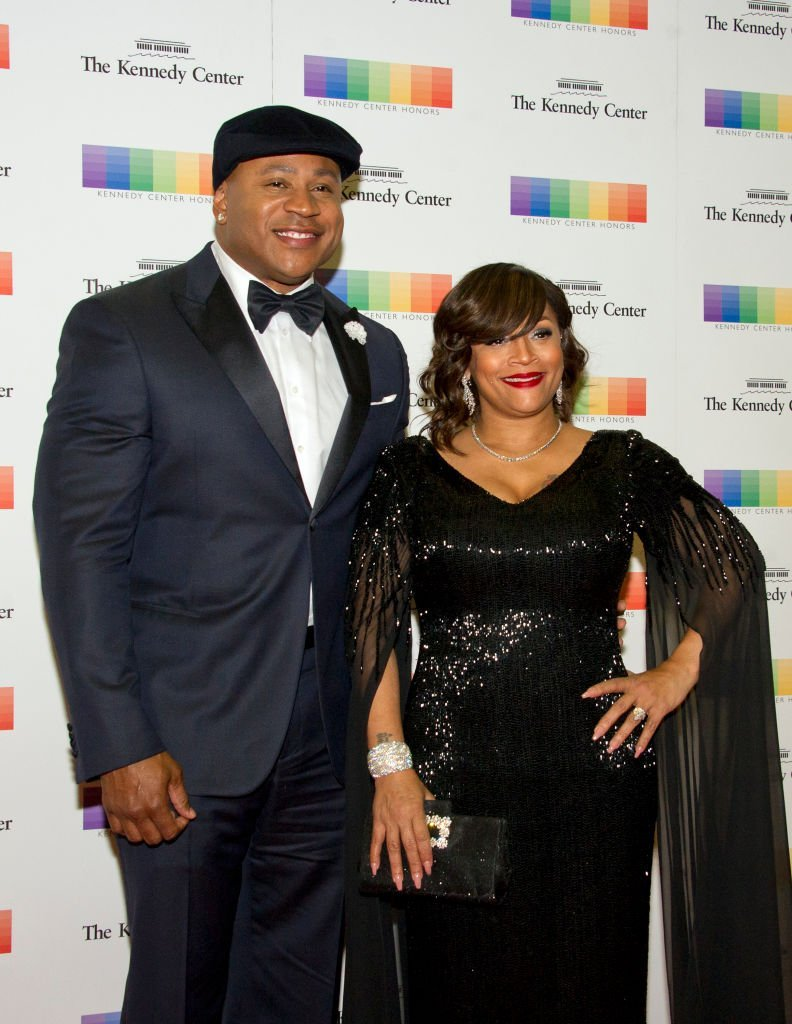 LL Cool J and his wife, Simone Smith, arrive for the formal Artist's Dinner honoring the recipients of the 40th Annual Kennedy Center Honors | Photo: Getty Images