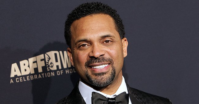 Mike Epps Shows off Stunning Halloween Photo Posing with Wife & 5 Daughters in Cool Costumes