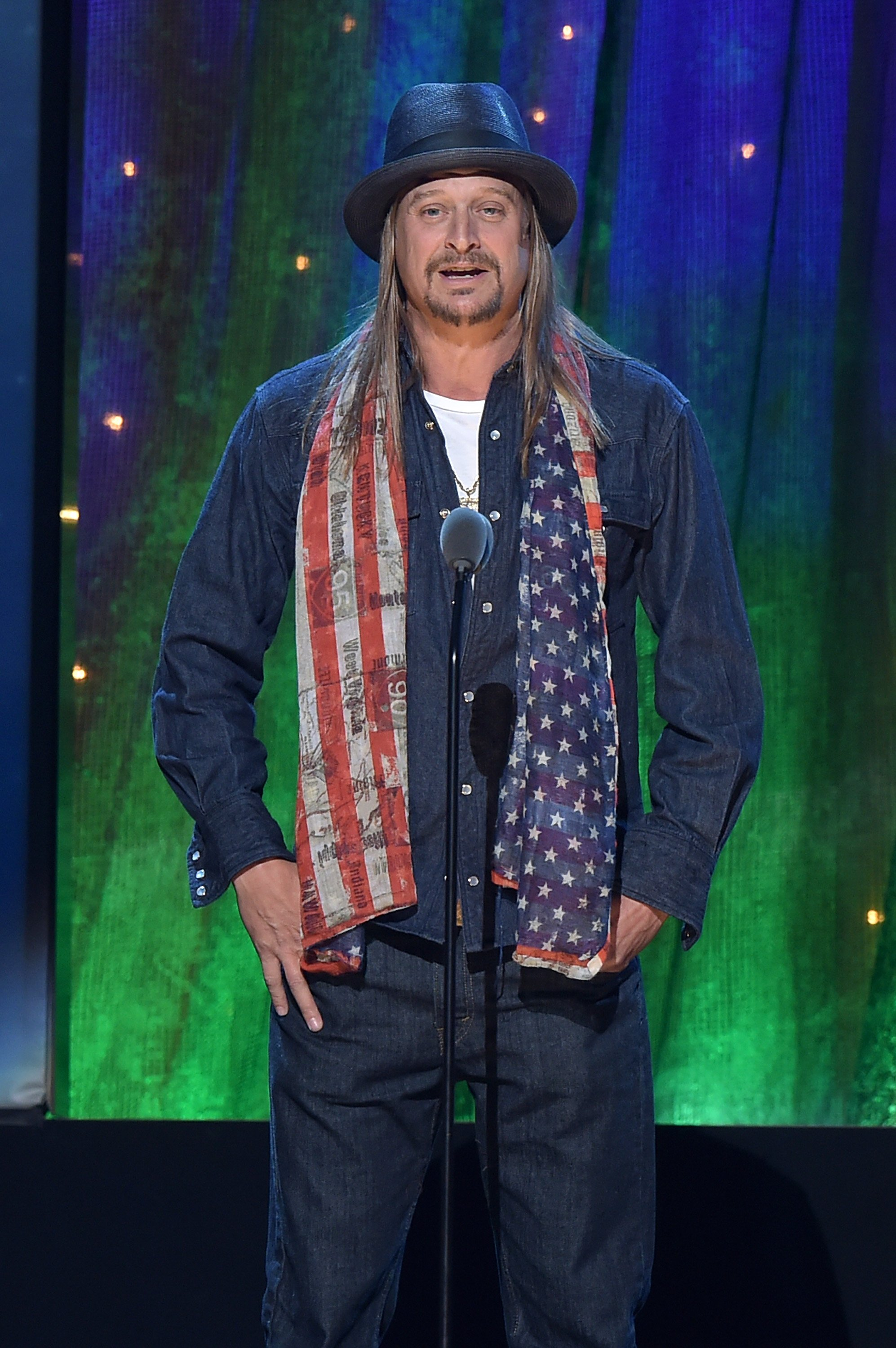 Kid Rock inducts Cheap Trick at the 31st Annual Rock And Roll Hall Of Fame Induction Ceremony at Barclays Center on April 8, 2016, in New York City. | Source: Getty Images.