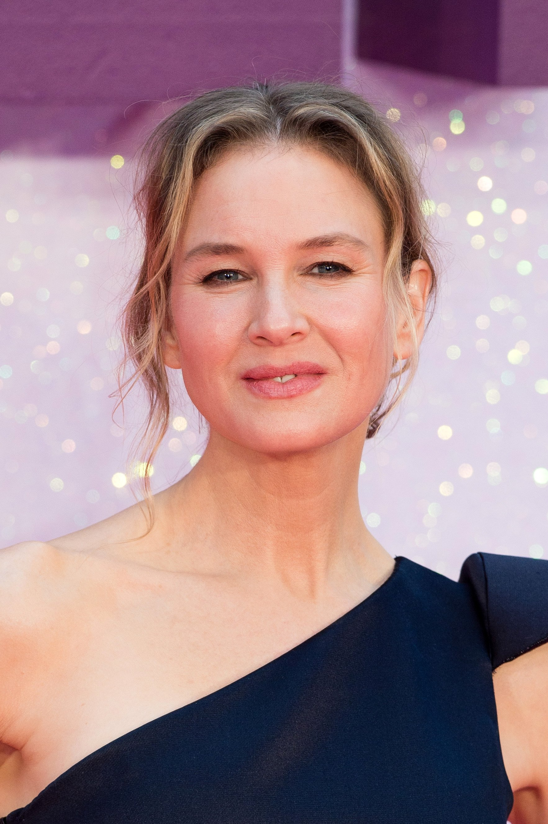 """Renee Zellweger arrives for the World premiere of """"Bridget Jones's Baby"""" at Odeon Leicester Square on September 5, 2016 