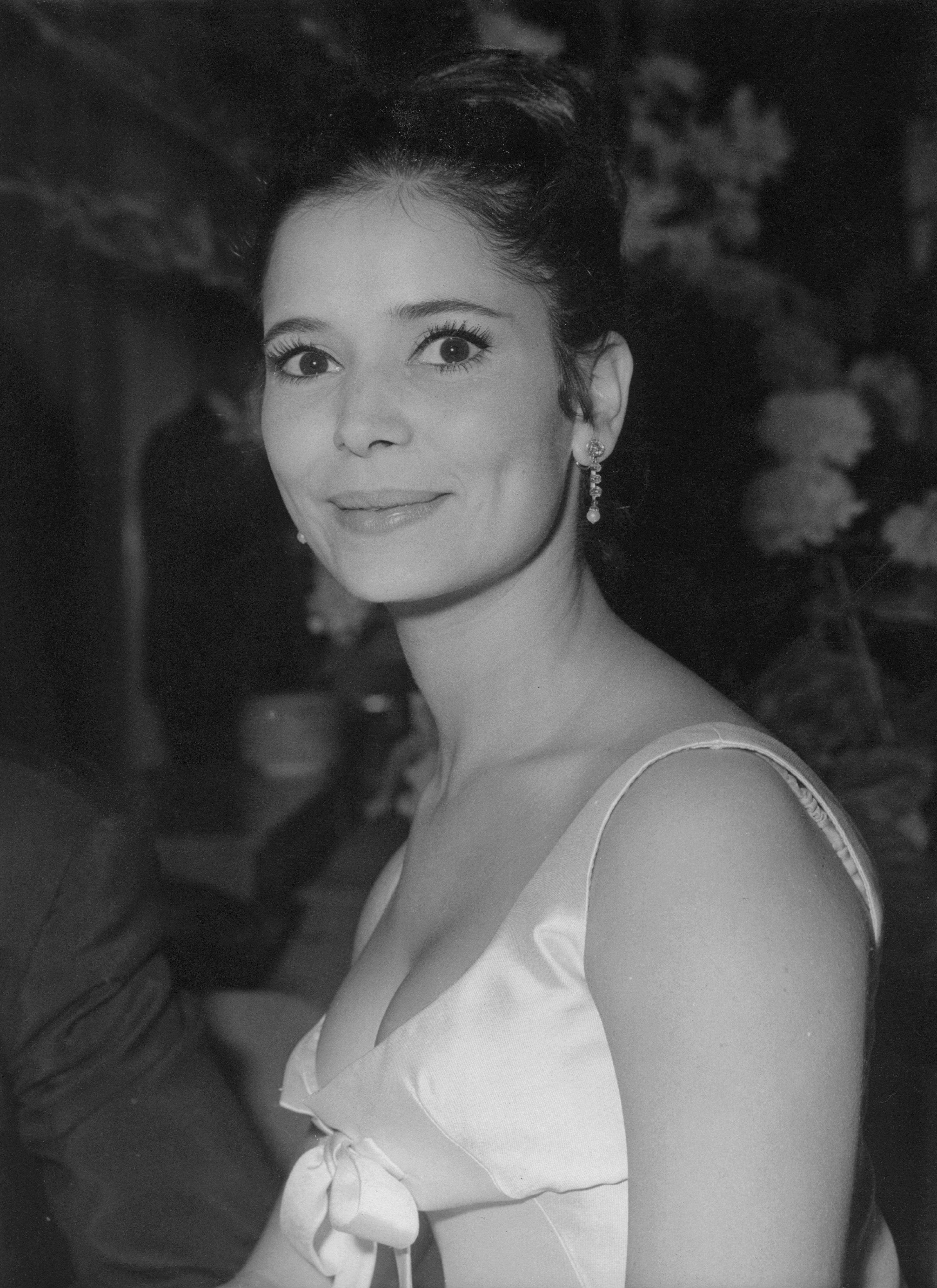 Marie-José Nat assiste à la Danse internationale du film 1964   Photo : Getty Image